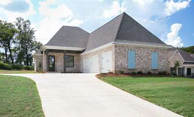 Madison MS Single Family Home For Sale: $305,900