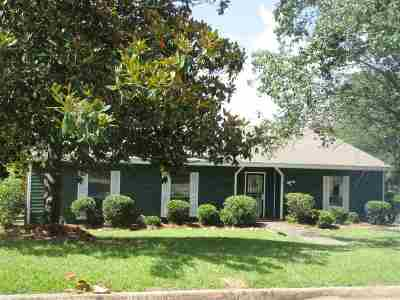 Jackson Single Family Home For Sale: 668 Briarcliff Cir