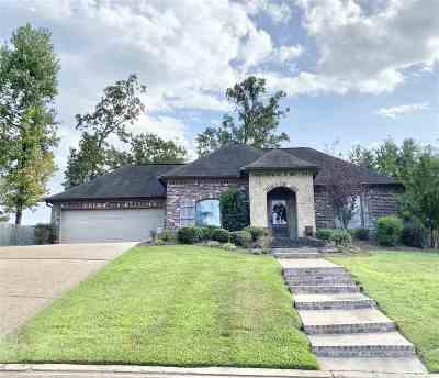 Rankin County Single Family Home For Sale: 451 Pinebrook Cir
