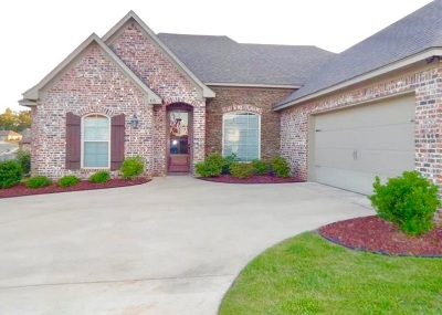 Brandon Single Family Home For Sale: 410 Winterfield Way