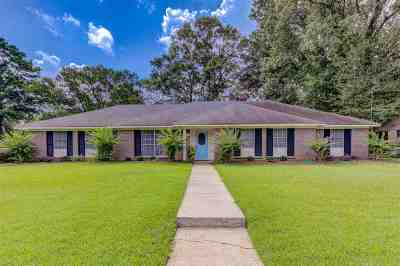 Hinds County Single Family Home For Sale: 1220 Canterbury Ln