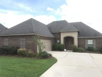 Madison County Single Family Home For Sale: 122 Bremen Way