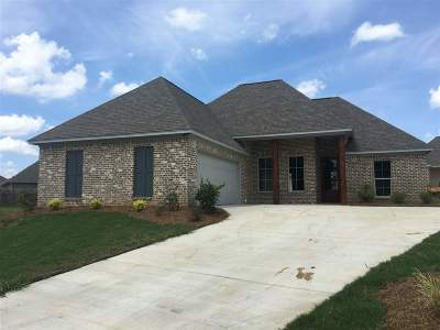 Canton Single Family Home Contingent/Pending: 305 Candlewood Ct