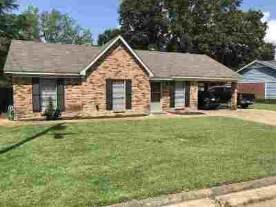Rankin County Single Family Home For Sale: 1691 Ravenwood Ln