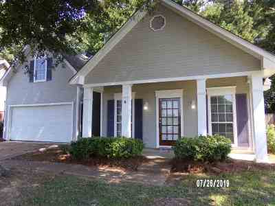Byram Single Family Home For Sale: 5066 Womack Dr