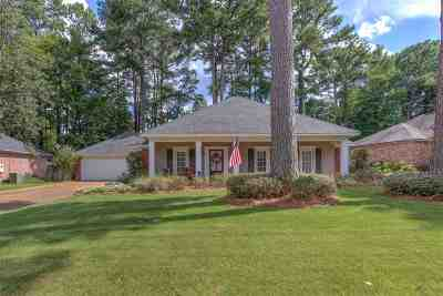 Ridgeland Single Family Home Contingent/Pending: 325 Sagewood Dr