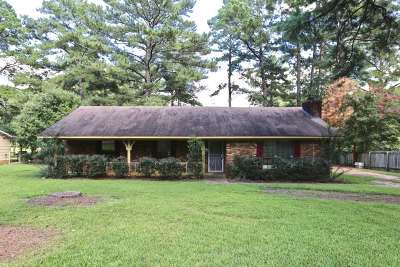 Jackson Single Family Home Contingent/Pending: 3918 Forest Lake Dr