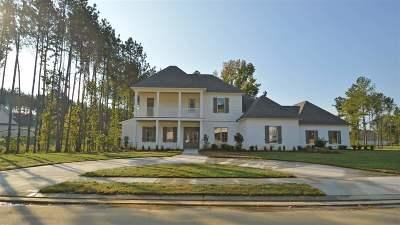 Madison Single Family Home For Sale: 158 Carrington Dr