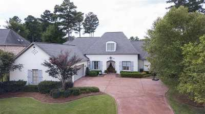 Madison Single Family Home For Sale: 407 St. Ives Dr