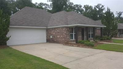 Brandon Single Family Home Contingent/Pending: 132 Blackstone Cir