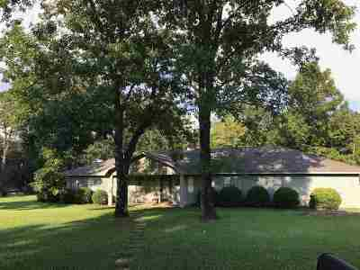 Byram Single Family Home For Sale: 150 Churchill Pl