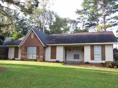 Ridgeland Single Family Home For Sale: 149 Wheatley Pl