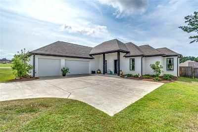 Madison Single Family Home For Sale: 113 Murrell Dr