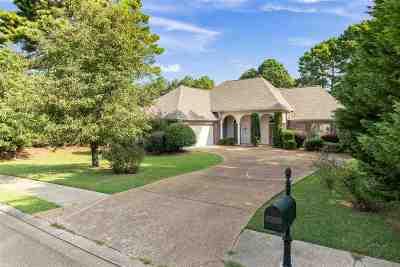 Madison Single Family Home For Sale: 124 Whisper Lake Blvd