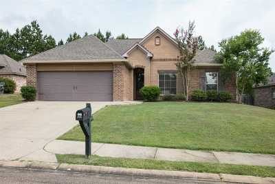 Rankin County Single Family Home Contingent/Pending: 513 Willow Valley Cir
