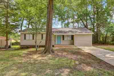 Pearl Single Family Home Contingent/Pending: 1943 Carolyn Ln