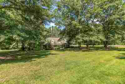 Byram Single Family Home For Sale: 145 Peachtree Dr