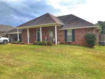 Florence, Richland Single Family Home For Sale: 548 Eaglewood Dr
