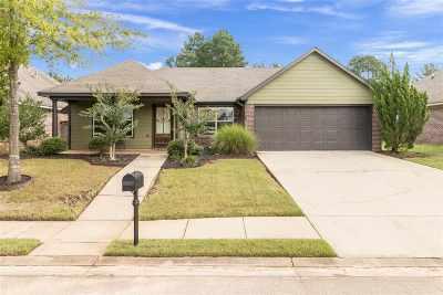 Brandon Single Family Home For Sale: 188 Blackstone Cir