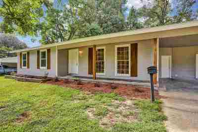 Hinds County Single Family Home For Sale: 257 S Canton Club Cir