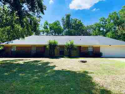 Madison Single Family Home For Sale: 205 Meadow Ln