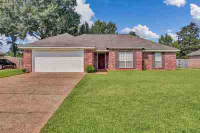 Florence, Richland Single Family Home For Sale: 659 Southern Oaks Dr.