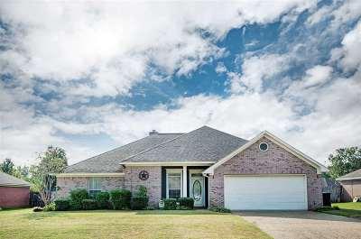 Florence, Richland Single Family Home For Sale: 314 Big Oak Dr