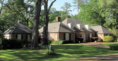 Adams County Single Family Home For Sale: 11 Fatherland Road