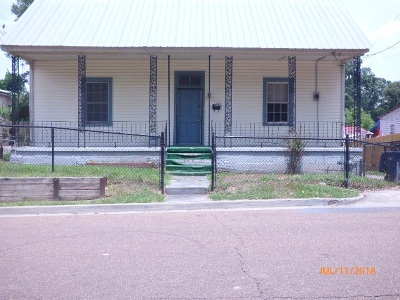 Natchez Single Family Home For Sale: 7 Minor