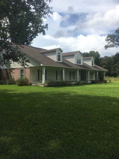 Natchez Single Family Home For Sale: 159 Beau Pre Rd