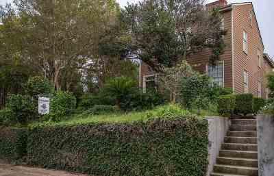 Natchez Single Family Home For Sale: 610 Jefferson St