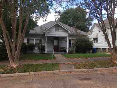 Adams County Single Family Home For Sale: 202 Linton Ave