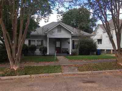 Natchez Single Family Home For Sale: 202 Linton Ave