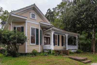 Natchez Single Family Home For Sale: 811 Myrtleave