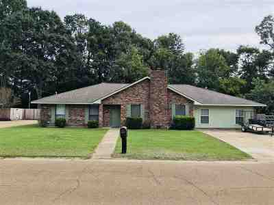 Natchez Single Family Home For Sale: 109 Rollingwood Drive