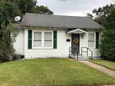 Natchez Single Family Home For Sale: 521 Park Place