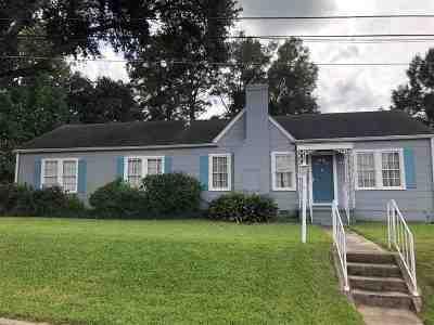 Natchez Single Family Home For Sale: 486 Park Place