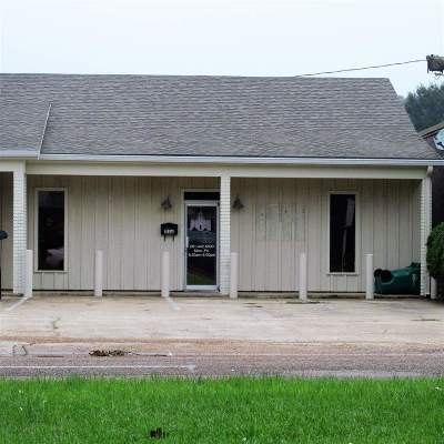 Natchez Commercial Lease For Lease: 113a Jefferson Davis Blvd.