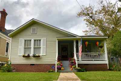 Natchez Single Family Home For Sale: 204 St. Charles Ave.