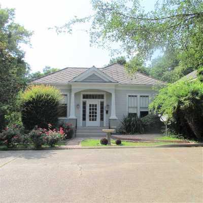 Natchez Single Family Home For Sale: 304 Lambert Street