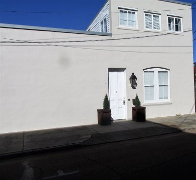 Natchez Single Family Home For Sale: 204 N Commerce Street