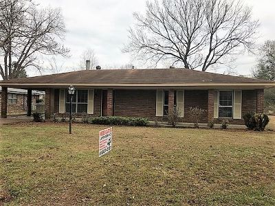 Natchez Single Family Home For Sale: 505 Lindberg Ave.