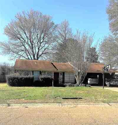 Natchez Single Family Home For Sale: 206 Margaret Avenue