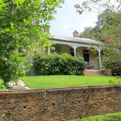 Adams County Single Family Home For Sale: 701 N Pearl Street