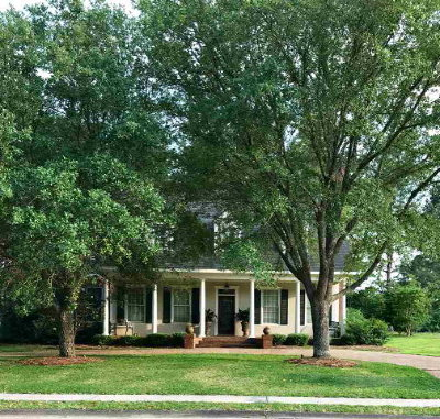 Natchez Single Family Home For Sale: 16 Club Drive