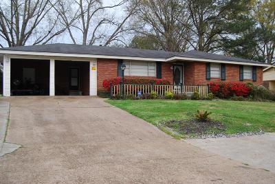Natchez Single Family Home For Sale: 308 Cottage Drive