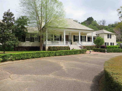 Natchez Single Family Home For Sale: Learneds Mill Road