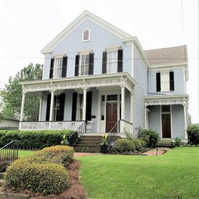 Natchez Single Family Home For Sale: 506 Orleans Street