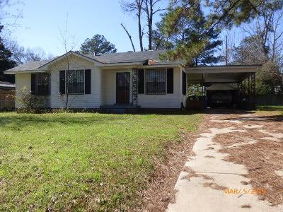 Natchez Single Family Home For Sale: 1408 Eastwood Rd