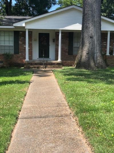 Adams County Single Family Home For Sale: 32 Oakhurst